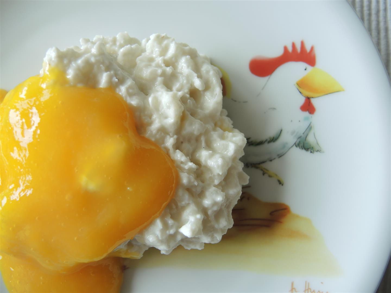 Kokosmilchreis Mit Mangososse Chilirosen