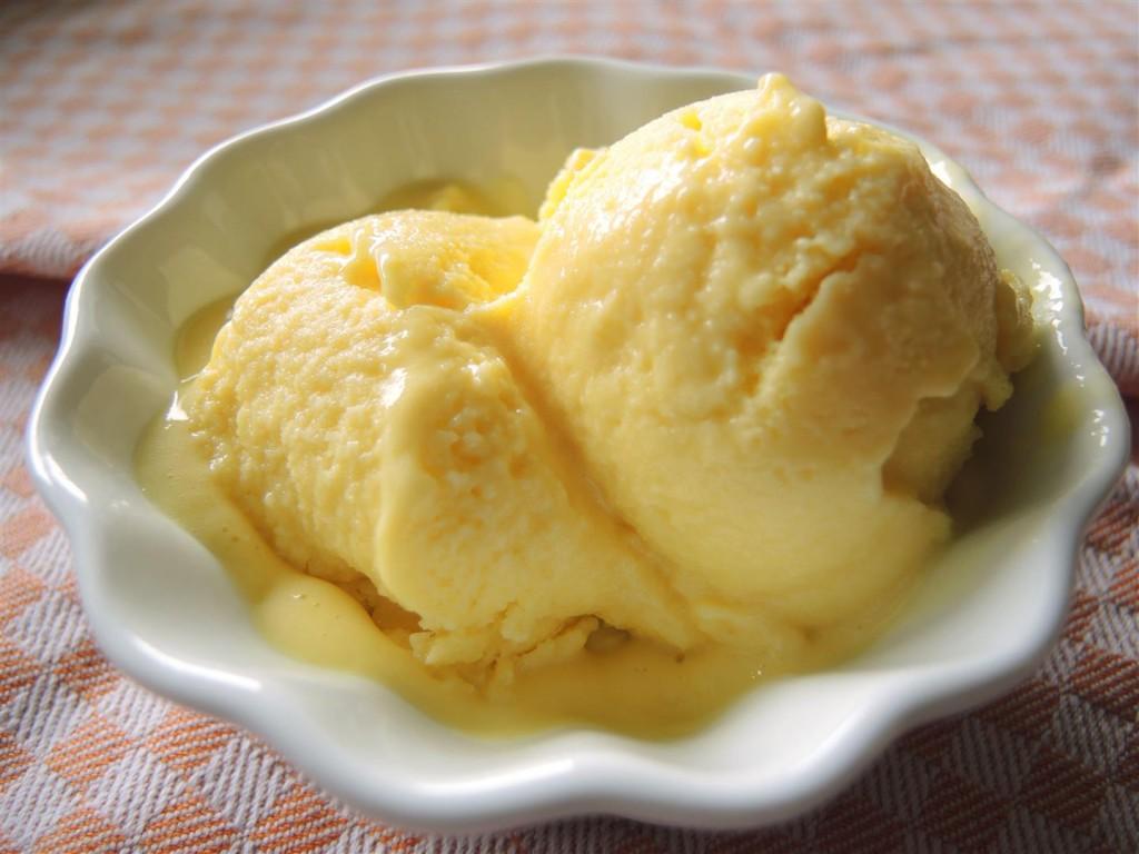 Mango-Joghurt-Eis (1)