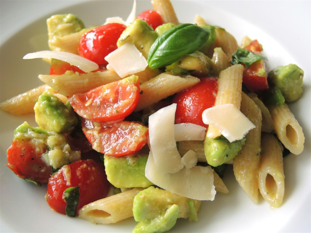 Avocado-Tomaten-Pasta (1)