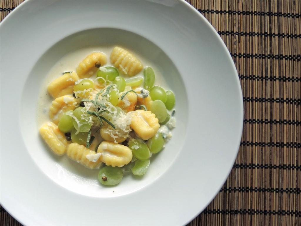 gnocchi-mit-weintrauben-gorgonzola-soße (2)
