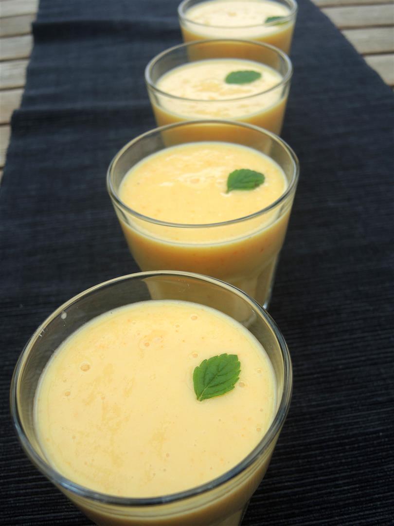 Orangen-Kaki-Smoothie (2)